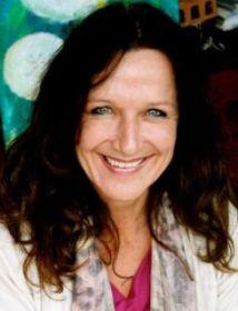 Dr. Med Carina Schindler